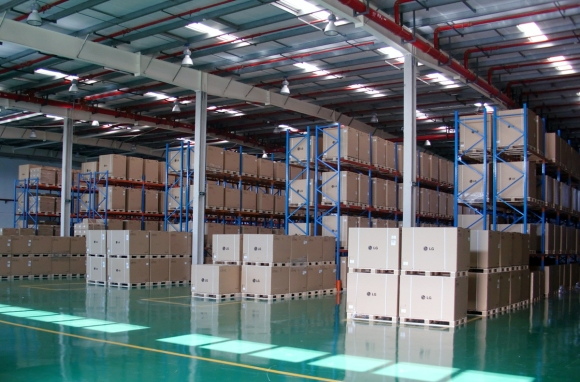 pantos_logistics_-_warehouse_picture